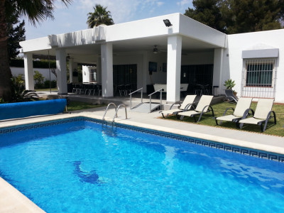 Marbella Golden Mile, Fabulous 10 bedroom villa in Marbella Golden Mile