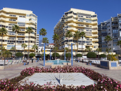 Marbella, Brand new frontline beach apartment in Marbella Old Town