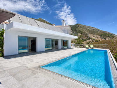 Mijas, New build contemporary south facing villa in Mijas, Costa del Sol