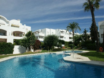 Estepona, Lovely southwest facing penthouse in Cancelada, Estepona
