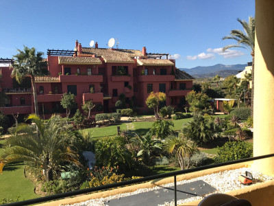 Estepona, Great Apartment located only 700 metres walk to the beach