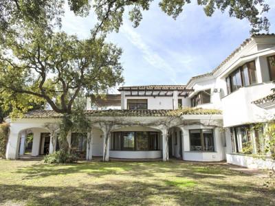 San Roque, Excellent front-line golf 6 bedroom villa in San Roque