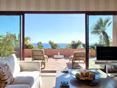 Estepona, Stunning 3 bed penthouse for sale in Kempinski Hotel - Private Wing