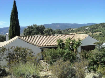 Gaucin, Five bedroom villa on 32,000m2 plot in Gaucin