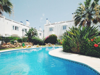 Marbella Golden Mile, Recently renovated 4 bedroom townhouse on Marbella Golden Mile