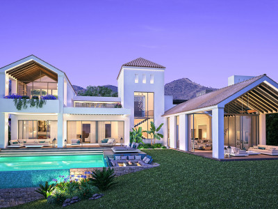 Estepona, Luxurious Frontline Golf villa in Estepona