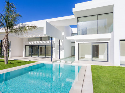 San Pedro de Alcantara, Brand new contemporary luxury villa in Guadalmina Baja
