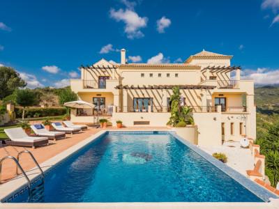 Benahavis, Spacious classical style villa in Monte Mayor, Benahavis