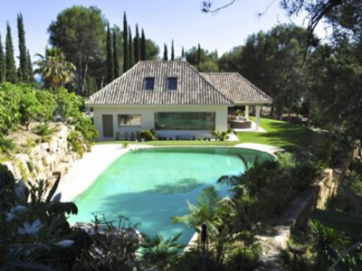 Marbella East, Modern Spanish style villa in Marbella east on a prestigious golf course
