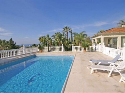 Marbella East, Fantastic villa in east Marbella close to some of the best beaches on the Costa del Sol