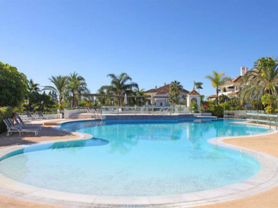 Marbella Golden Mile, Immaculate duplex penthouse apartment in the Marbella Golden Mile in a luxurious setting