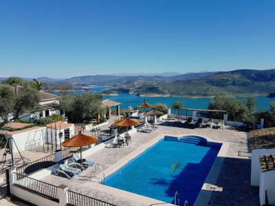 Rute, Cortijo in Rute in Cordoba with stunning panoramic views to Lake Iznajar