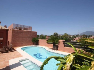 San Pedro de Alcantara, Stunning penthouse apartment with private swimming pool and sea and mountain views