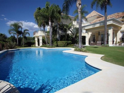 Marbella Golden Mile, Fabulous Vilaroel designed villa in Sierra Blanca in Marbella set in stunning gardens