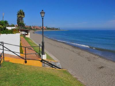 Estepona, Beachside townhouse on the New Golden Mile in Estepona just 30 metres from the beach
