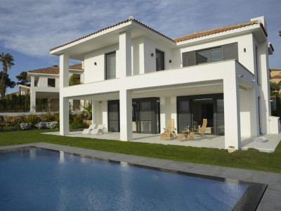 Marbella East, Contemporary styled villa in east Marbella with spectacular panoramic sea views