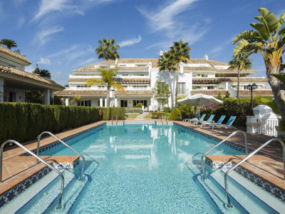 Marbella Golden Mile, Contemporary designer duplex penthouse on the Marbella Golden Mile with quality finishes