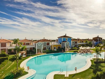 Estepona, Luxury Andalucian style ground floor apartment on the New Golden Mile in the Costa del Sol