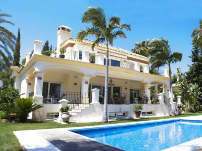 Nueva Andalucia, Exlusive front line golf villa located in on of the most exclusive areas behind Puerto Banus Marbella Spain for sale.