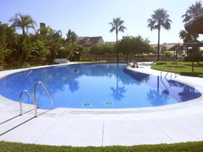 Benalmadena, Bargain apartments in Benalmadena just a ten minute drive from Malaga airport