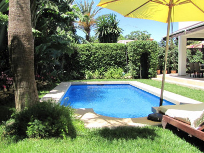 Marbella East, Cosy & Modern 3 bedroom Villa located east of Marbella - Elviria - Costa del Sol for sale