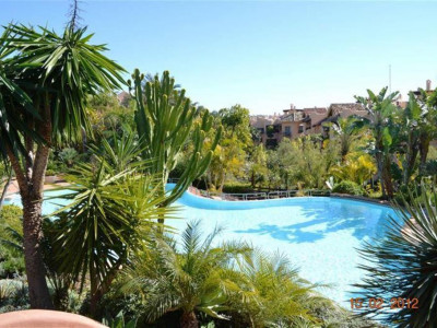 Marbella Golden Mile, Spacious apartment in the Marbella Golden Mile in an exclusive luxury development