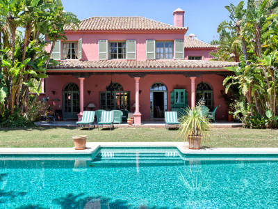 Marbella East, Rustic style villa property for sale in Marbella on the Costa del Sol beautifully finished