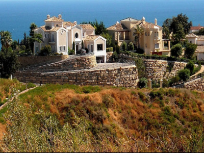 Estepona, Stunning Hillside Sites