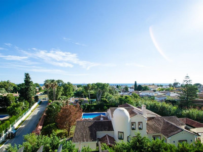 Estepona, Stunning 2 bedroom penthouse in Estepona