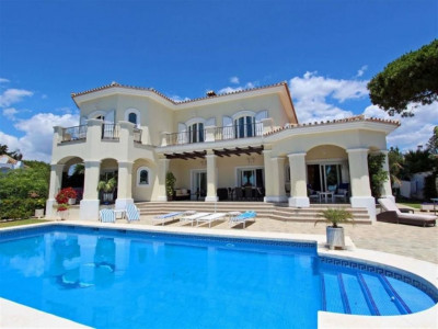 Marbella East, Stunning villa in east Marbella with large gardens and panoramic sea views
