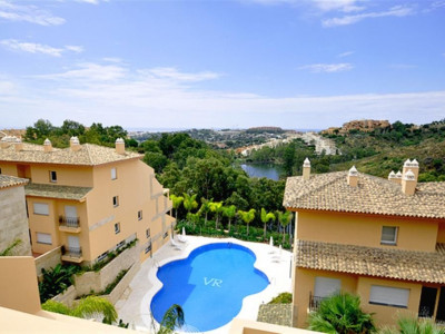 Nueva Andalucia, Luxury duplex apartment property in Nueva Andalucia with spectacular views