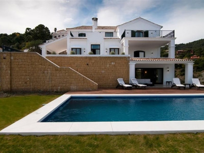 Benahavis, Contemporary villa in el Madroñal in Benahavis with panoramic views