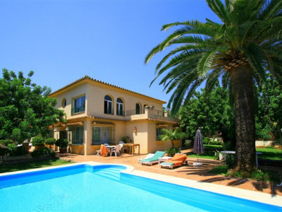 Marbella, Sensational villa in Marbella under five minute drive from town centre