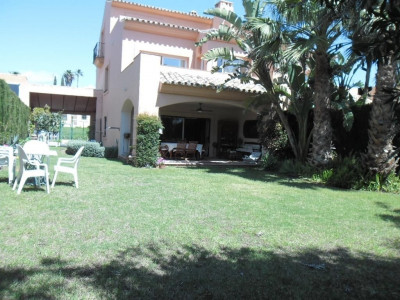Estepona, Semi-detached villa property in Estepona on the New Golden Mile a three minute walk from a commercial centre