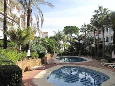 Marbella Golden Mile, Quality duplex penthouse apartment with sea views on the Marbella Golden Mile