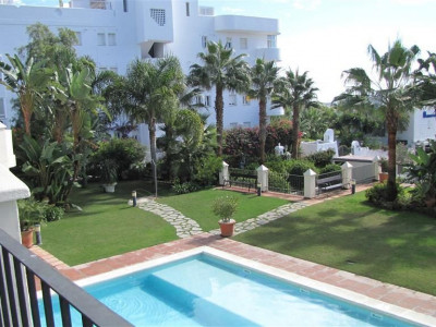 Marbella Golden Mile, Lovely townhouse in Marbella on the Golden Mile with sea views