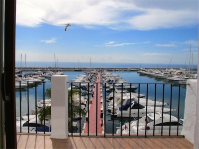 Marbella - Puerto Banus, Frontline apartment property in Puerto Banus with stunning views of the habour