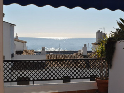 Marbella - Puerto Banus, Penthouse apartment with sea views in Puerto Banus close to the beach and all amenities