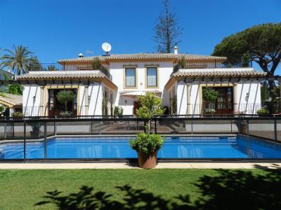 Villa  for sale in  San Pedro de Alcantara - San Pedro de Alcantara Villa