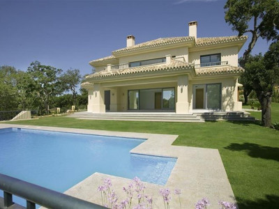 Sotogrande, Stunning new and modern built villa in the privileged Sotogrande