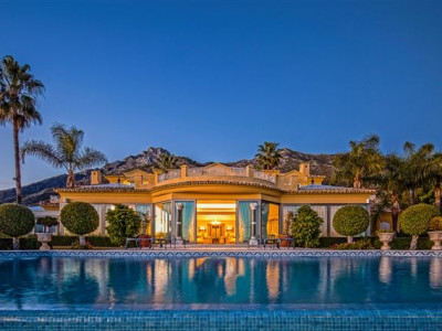 Marbella Golden Mile, Palacial mansion for sale in Marbella Sierra Blanca