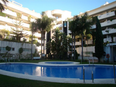 Marbella - Puerto Banus, Luxury apartment in Puerto Banus, close to all amenities