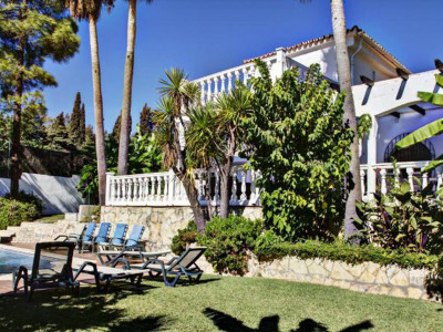 Marbella Golden Mile, Luxury villa on the Marbella Golden Mile on the Spanish Costa del Sol for sale