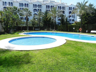 Marbella - Puerto Banus, Elegant 3 bedroom apartment for sale in the very centre of Puerto Banus, Marbella