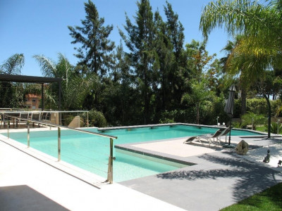 Marbella East, Beautiful contemporary villa for sale in Las Chapas, Marbella East