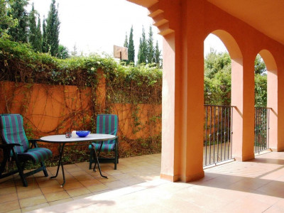 Nueva Andalucia, Bright apartment in the centre of Nueva Andalucia Golf Valley, Marbella