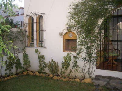 Casares,***JUST REDUCED***Superb 4 bed townhouse, 100m to the beach
