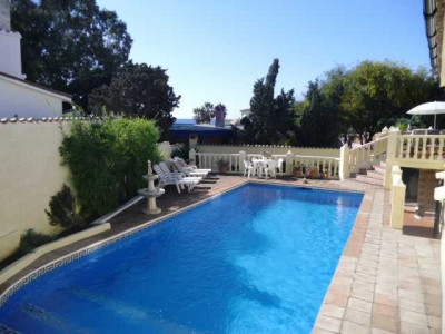 Estepona,LOVELY BEACHSIDE VILLA +++ PRICE REDUCED++