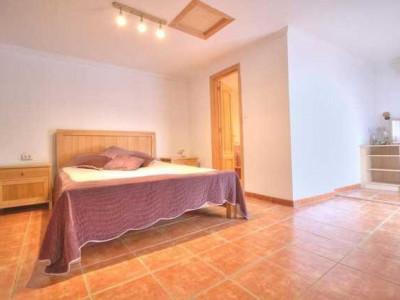 Villa en venta en Guadalobon, Estepona