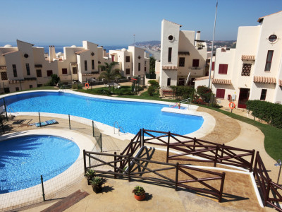 Casares,SUPERB 2 BEDROOM APARTMENT **** 10 MINUTES TO THE BEACH ****